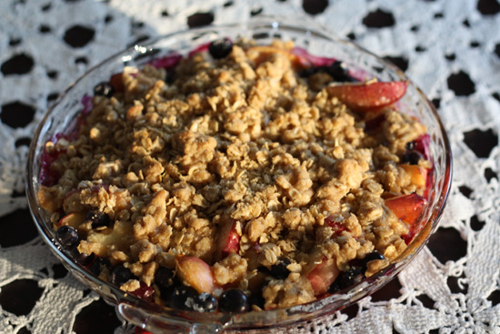 Post image for Blueberry Nectarine Crisp