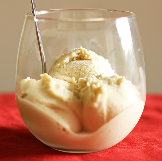 Post image for Eggnog Ice Cream