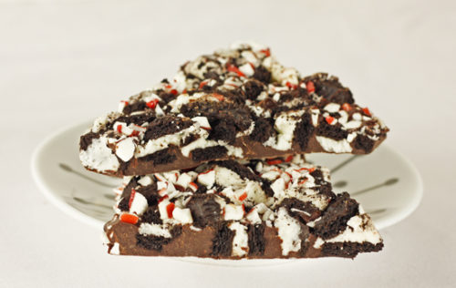 peppermint cookie bark 550
