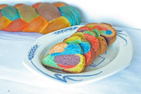 Post image for Rainbow Challah