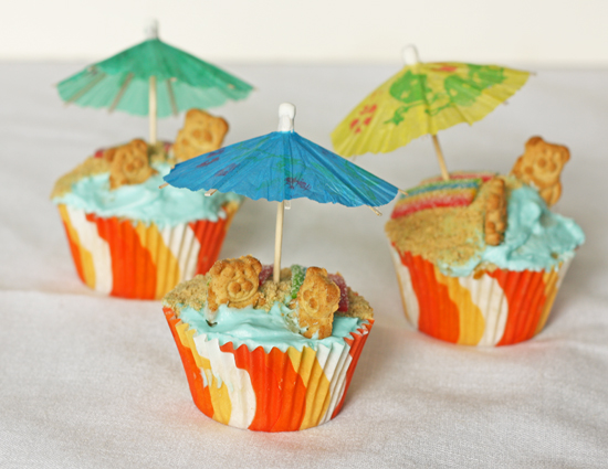 Post image for Beach Cupcakes