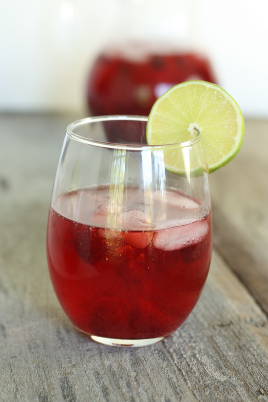 Post image for Raspberry Limeade