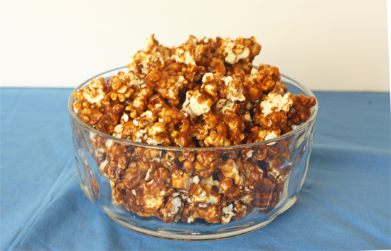Post image for Gingerbread Caramel Corn