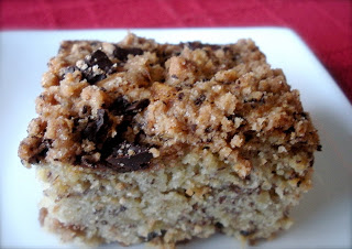 Streusel-Topped Chocolate Chunk Banana Cake